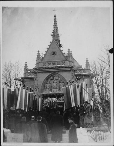 Alva Belmont's Funeral